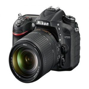 Nikon D7200 DSLR Camera - 18- 140mm Lens